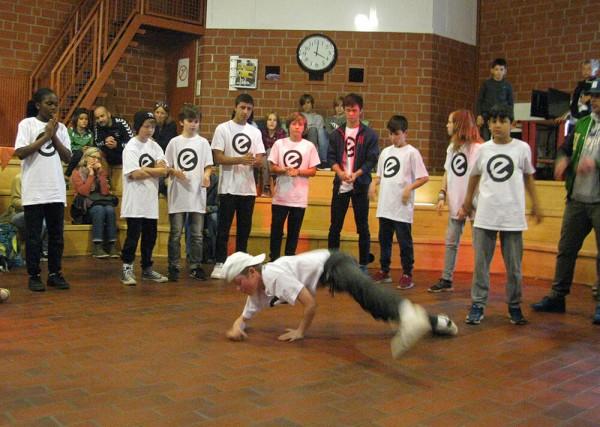Fresh Rockers Breakdance Haus der Familie Sommerfest Esche Jugendkunsthaus