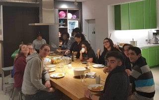 Volles Haus bei der Kochgruppe Gruppenfoto Esche Jugendkunsthaus 2018