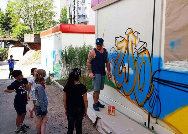 Graffiti Outliner Can Corner Esche Jugendkunsthaus JUWOCO Run Jugendhilfe
