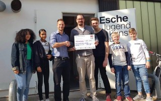 Friends Cup Spende Esche Jugendkunsthaus April 2019
