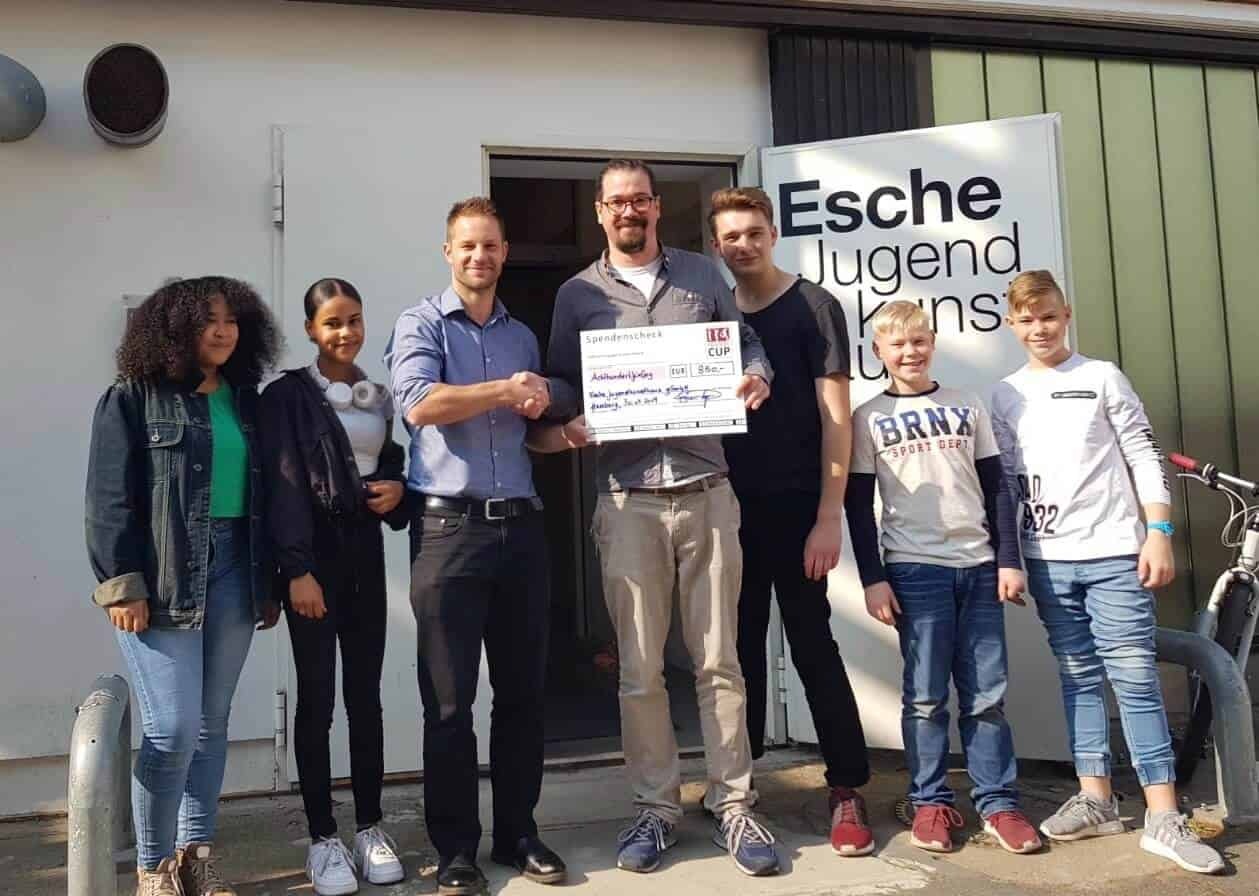 Friends Cup Spende Esche Jugendkunsthaus April 2019